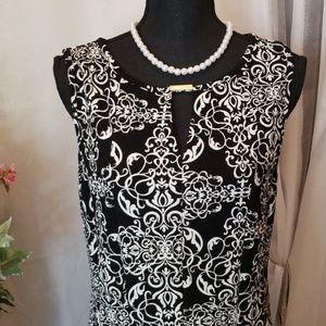 Haani Black and White Sleeveless Dress